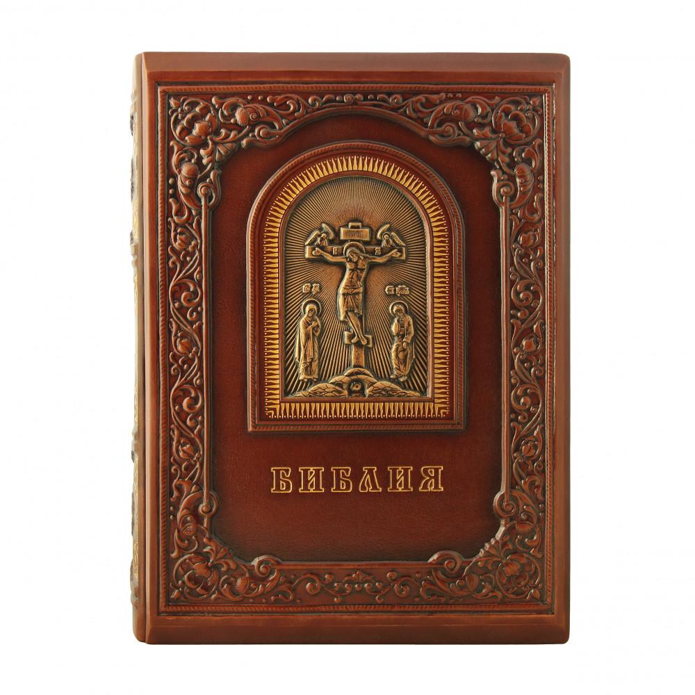 Библия с гравюрами Доре в футляре